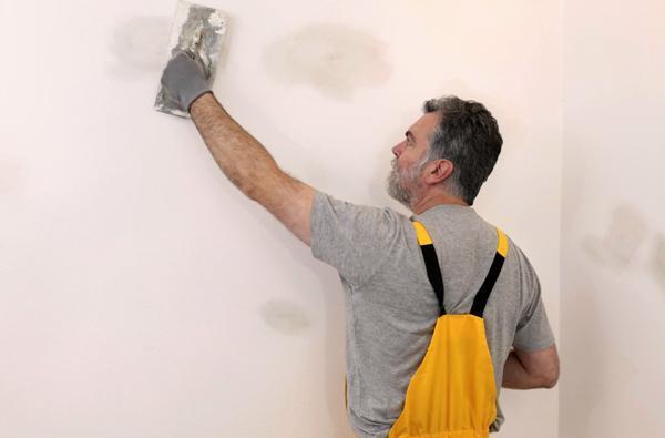 Услуги по шпаклевке стен