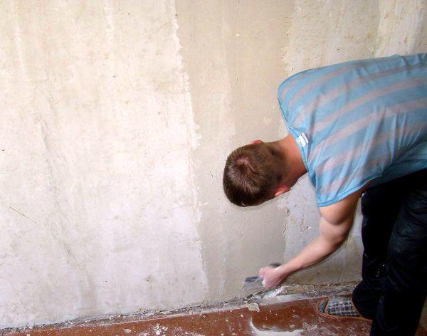 Выровнение стены от дефект